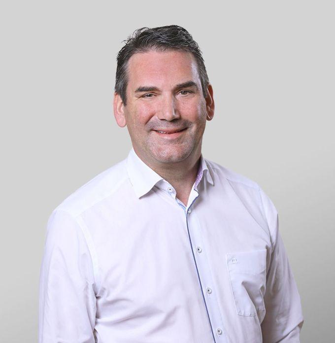 Dr. Martin Meyer